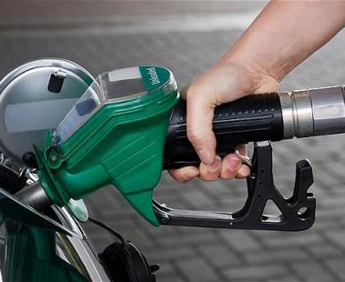 Tres consejos con los que conseguirás ahorrar gasolina